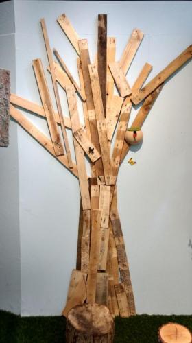 genbrugstræ-i vejle2